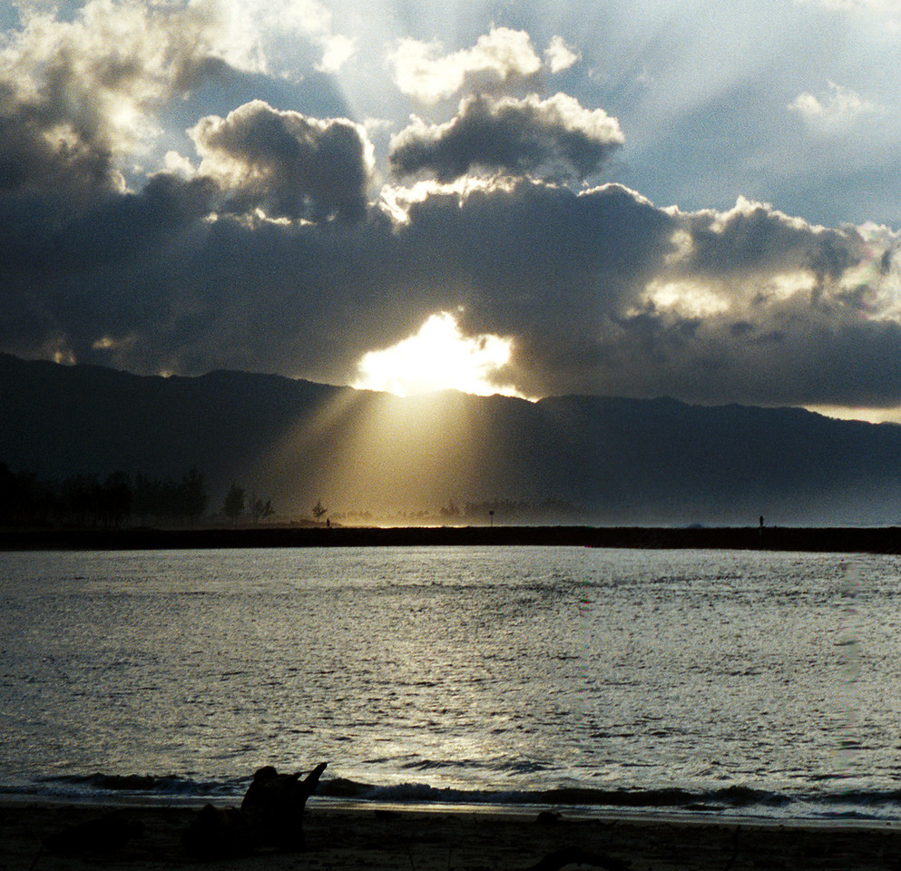 god-rays - Xmas Eve - Hale'iwa, HI  1999