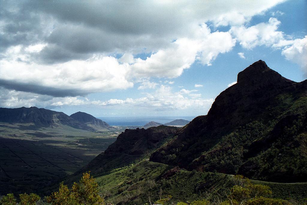 Kolekole Pass vista - western O'ahu 1999 July
