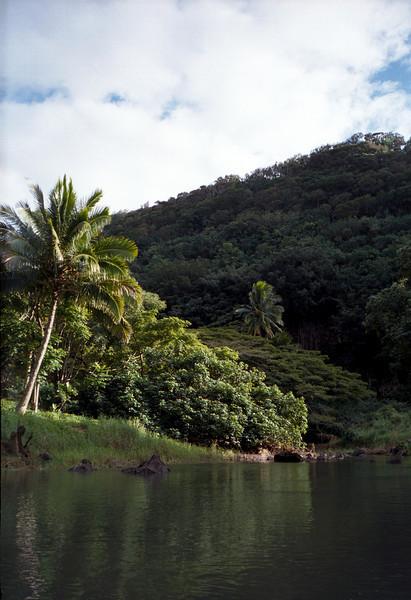 Waimea Valley by kayak, O'ahu 2000
