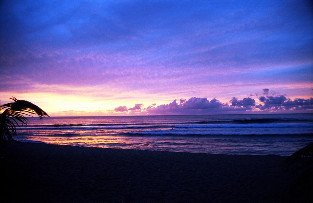 Ali'i Beach Park sunset & surfers 1998 June