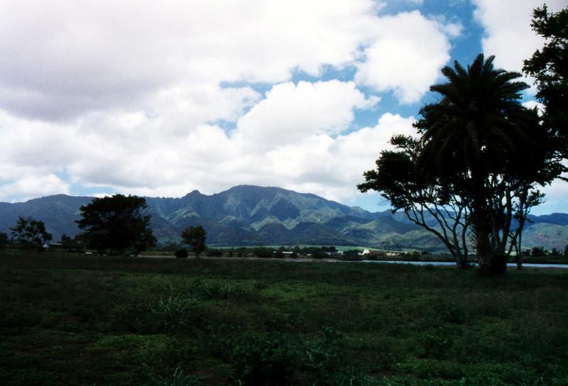 Hale'iwa - Waianae mountain range 1999 June