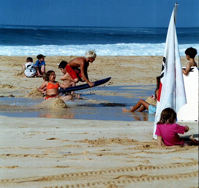 airborne boogie boarder - Ehukai Beach 1999 Dec
