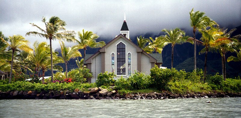 Kahalu'u church from kayak - Windward O'ahu 1999 Nov