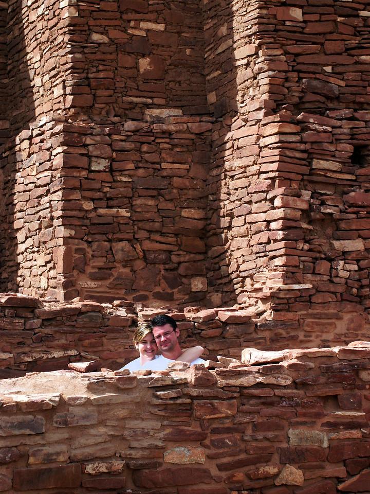 Brian & Tamara, heads & shoulders above the rest @ Quarai ruins