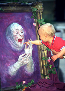Buskers' Fair portrait biting the hand that feeds him - WTC 1997 June