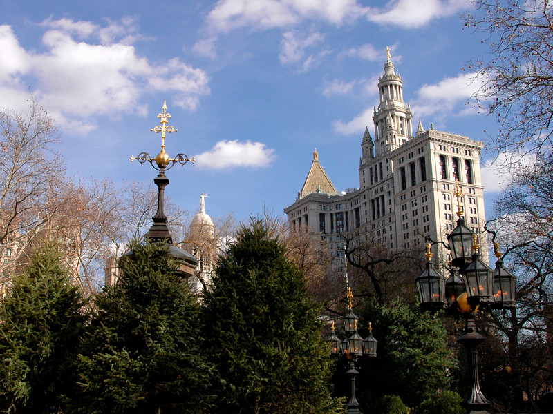 Municipal Bldg, City Hall Park, bronze gas candelabras-Lower Manhattan, NYC 11-2004