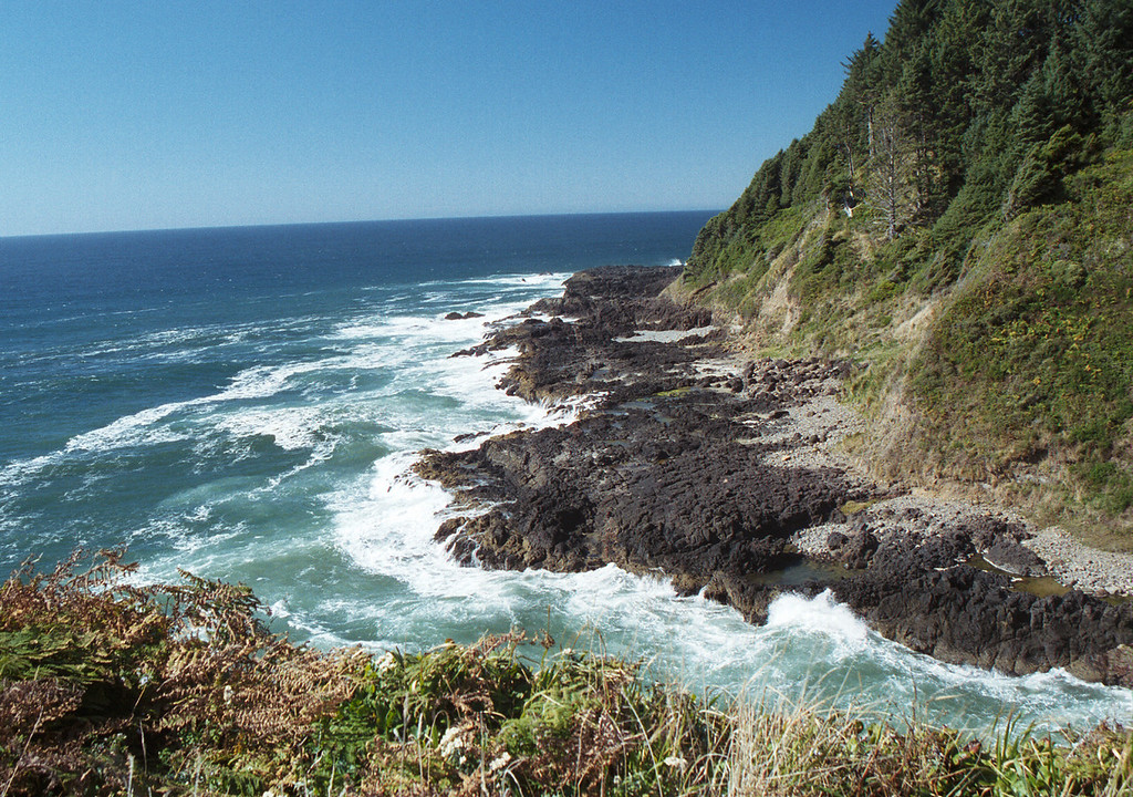 Devils Churn coastline - Oregon 2000 Sept