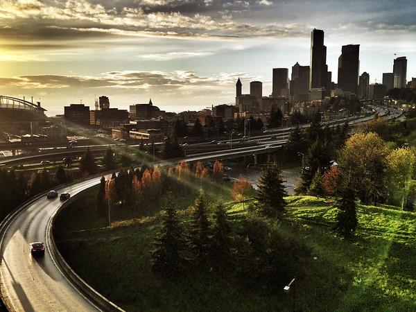 Seattle skyline & I-5 from Jose Rizal-Beacon Hill-Seattle 3-2015