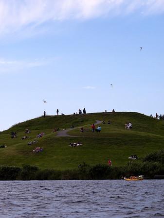 Kite Hill & kayakers-Gasworks Park on Lake Union-Seattle, WA 6-2010