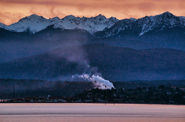 sunset & smoke-Olympic Mountains & Port Townsend from Coupeville-Whidbey Island, WA 3-4-2013_Snapseed