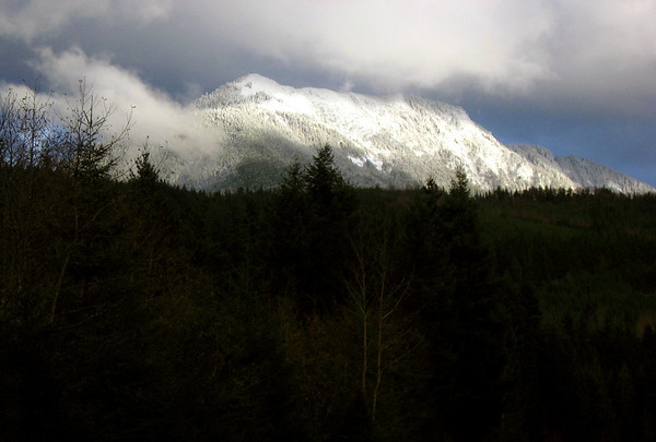 snow on Cascades, view off 468th Street-North Bend, WA 11-25-2006