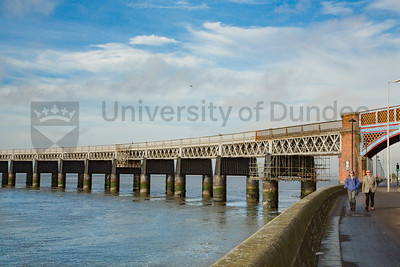 dundee-waterfront-railbridge-7