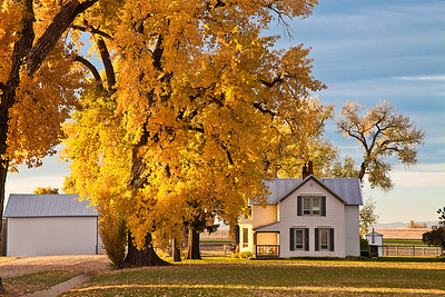 AUTUMN SUNRISE FARMHOUSE