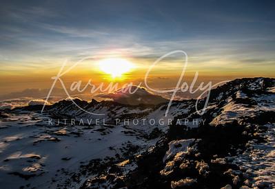 Summit Kilimanjaro, Tanzania