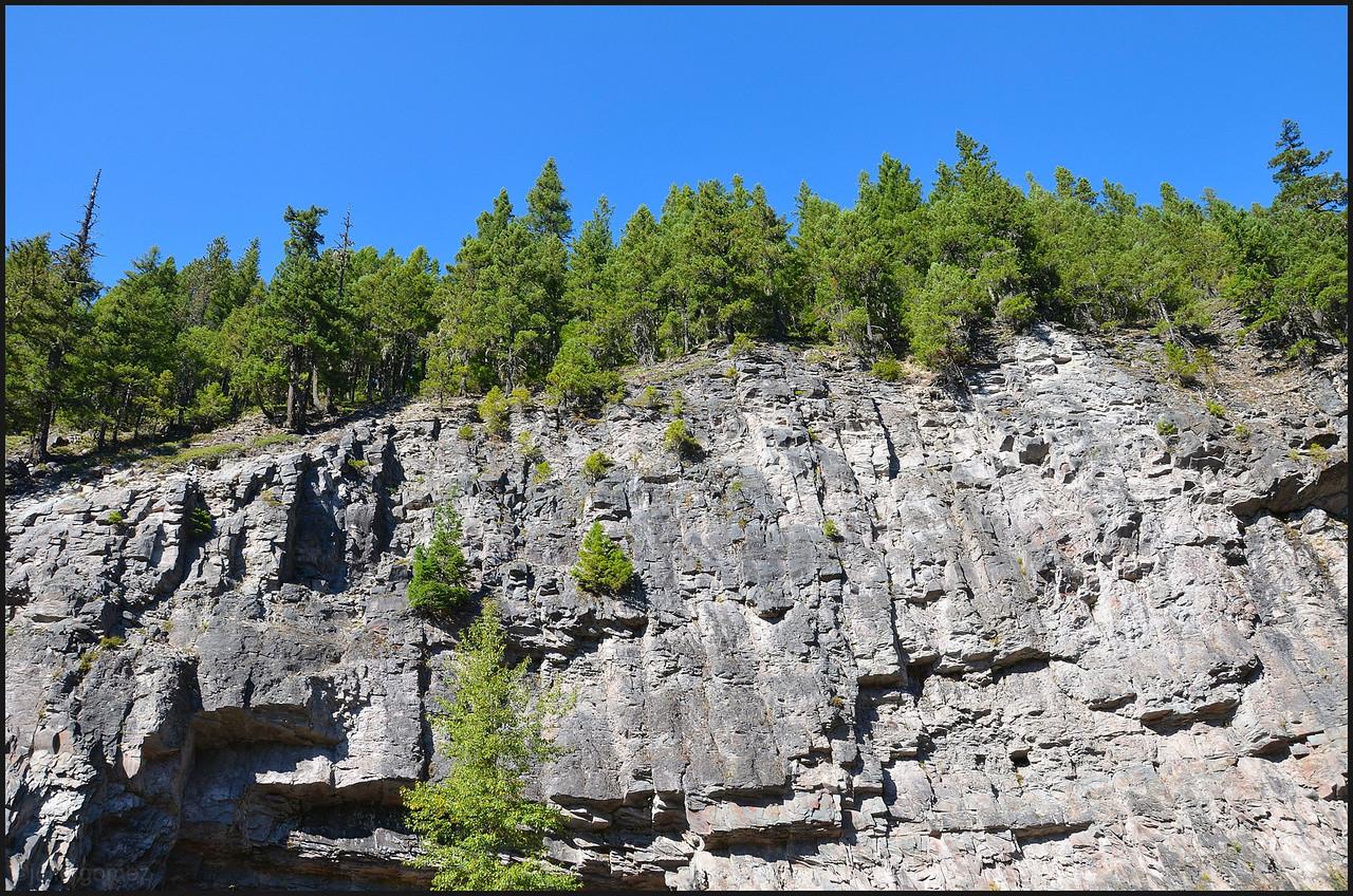 Trailhead Cliff