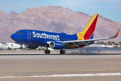 Southwest Airlines Boeing 737-7H4 N954WN 3-18-21