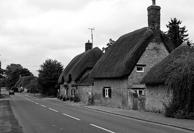 Cottages in Northmoor, Oxfordshire, England in July 2010