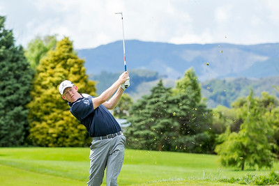 Henry Spring hitting a ball on the 2nd hole on Practice Day 1 of the Asia-Pacific Amateur Championship tournament 2017 held at Royal Wellington Golf Club, in Heretaunga, Upper Hutt, New Zealand from 26 - 29 October 2017. Copyright John Mathews 2017.   www.megasportmedia.co.nz