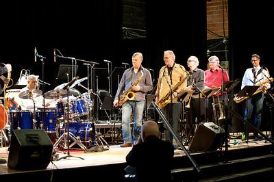 Jack DeJohnette play solo a look at  Kirk McDonald / Pat Labarbara / Denny Christianson  / Al Kay  Thanks David Yoon!!