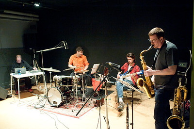 Ken Vandermark's Made to Break