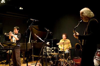 Larry Ochs Sax & Drumming Core