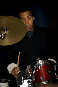 Donald Robinson  www.bayimproviser.com/artistdetail.asp?artist_id=14