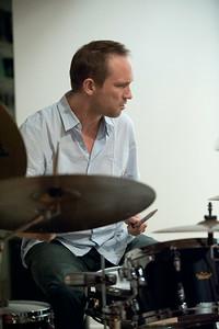 Paal Nilssen-Love   http://paalnilssen-love.com