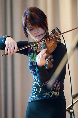 "Nathalie Bonin<br /> <br />  <a href=""http://www.nathaliebonin.com"">http://www.nathaliebonin.com</a><br />  <a href=""http://www.myspace.com/nbonin"">http://www.myspace.com/nbonin</a>"