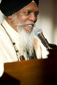 Dr.Lonnie Smith