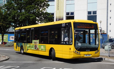 RATP Yellow Buses 17 - R17TYB - Poole (Kingland Road)