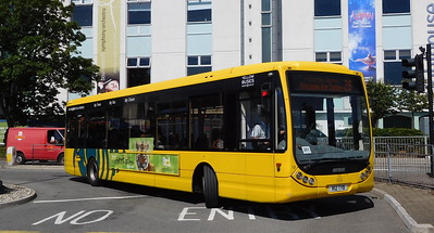RATP Yellow Buses 12 - R12TYB - Poole (Kingland Road)