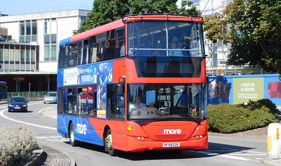 Wilts & Dorset 1195 - HF58GZK - Poole (Kingland Road)