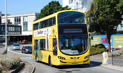 RATP Yellow Buses 194 - BF15KFD - Poole (Kingland Road)