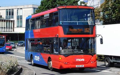Wilts & Dorset 1102 - HW08AOR - Poole (Kingland Road)