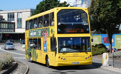 RATP Yellow Buses 114 - HF05HNB - Poole (Kingland Road)