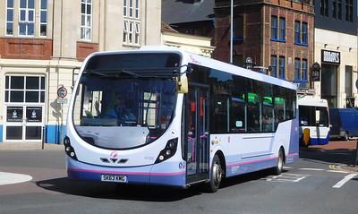 First Solent 47420 - SK63KMG - Portsmouth (Bishop Crispian Way)
