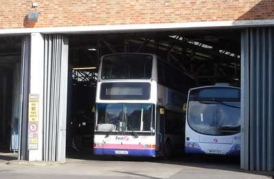 First Wessex 32887 - V887HBY - Weymouth (depot)