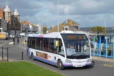 First Wessex 53614 - YJ14BVE - Weymouth (King's Statue)