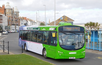 First Wessex 69555 - BF12KWR - Weymouth (King's Statue)