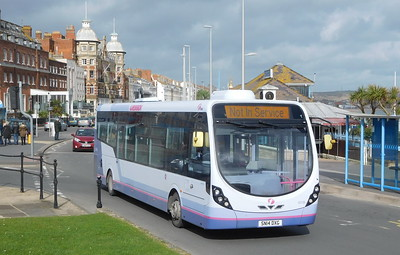 First Wessex 63188 - SN14DXG - Weymouth (King's Statue)