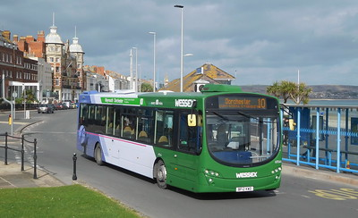 First Wessex 69544 - BF12KWD - Weymouth (King's Statue)
