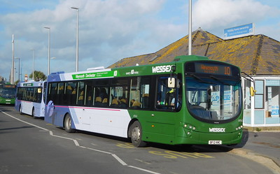 First Wessex 69545 - BF12KWC - Weymouth (King's Statue)