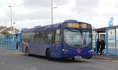 First Wessex 69552 - BF12KWP - Weymouth (King's Statue)
