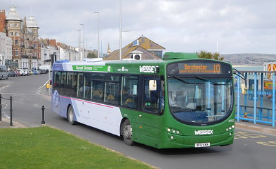 First Wessex 69551 - BF12KWN - Weymouth (King's Statue)