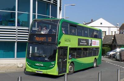 1589 - HW63FHL - Newport (bus station)