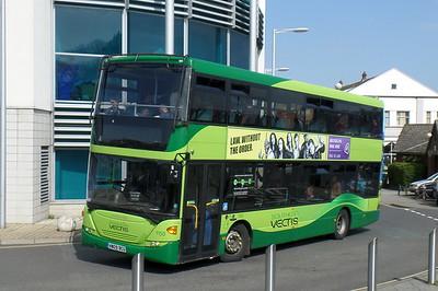 1150 - HW09BCU - Newport (bus station)
