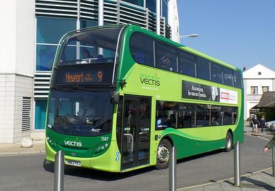 1587 - HW63FHJ - Newport (bus station)