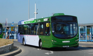 First Wessex 69543 - BF12KWG - Weymouth (King's Statue)