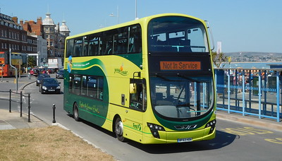 First Wessex 37997 - BF63HDV - Weymouth (King's Statue)