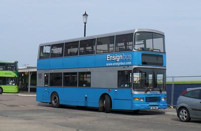 Ensignbus 926 - WLT916 - Ryde (bus station) - 6.9.14